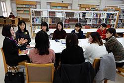 翻訳者を囲んで読書会