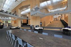 図書館は2010年にオープン